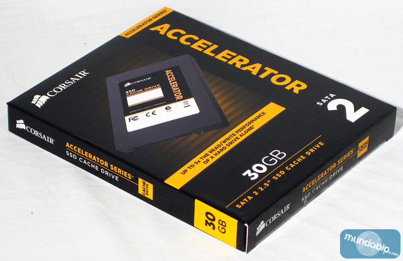 Angulo embalaje Corsair Accelerator Series 30Gb